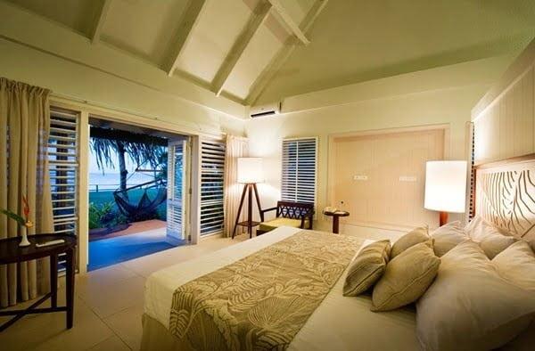 Deluxe Bure @ Fiji Hideaway Resort & Spa