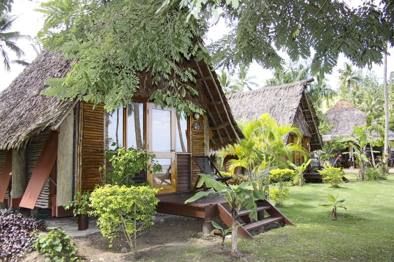 Mango Bay Resort – Fiji's first Flashpacker Resort - Beachfront Bure