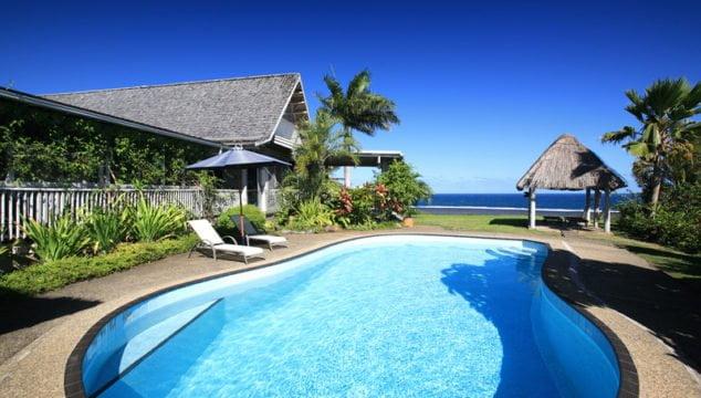 Delana House pool