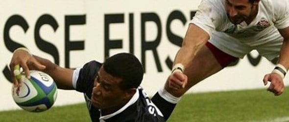 Serevi Eludes Gollings To Score